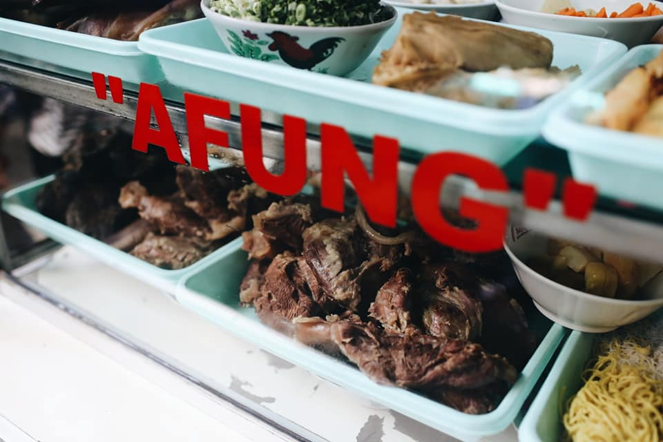 soto-betawi-afung-makanan-halal-legendaris-gang-gloria-glodok
